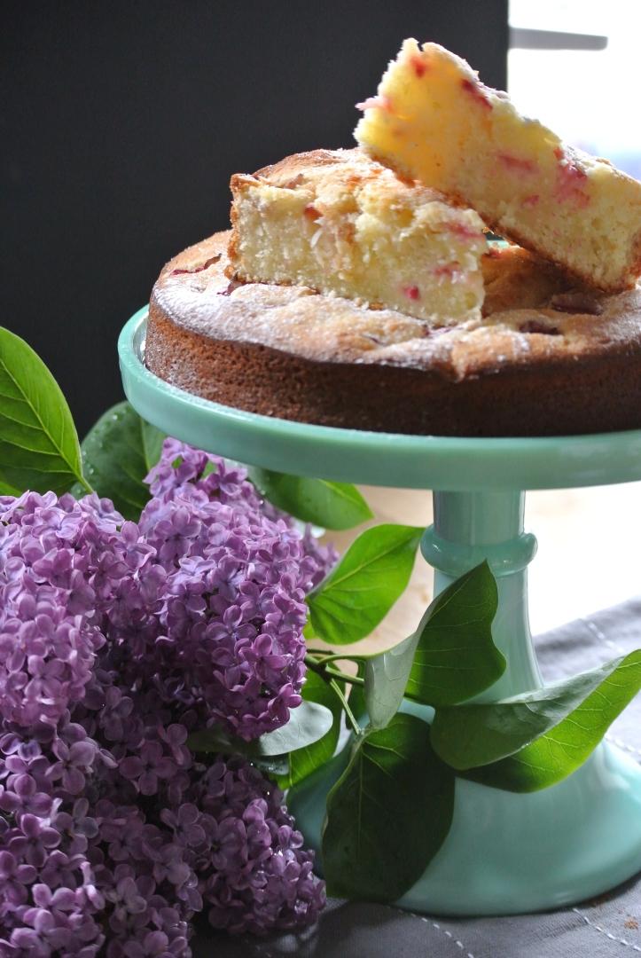 rhubarb lime cake